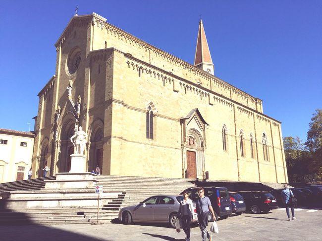 Cattedrale Di San Pietro E Donato Arezzo Italy Architecture Cathedral Statue Tuscany History Toscana Tourist Attraction