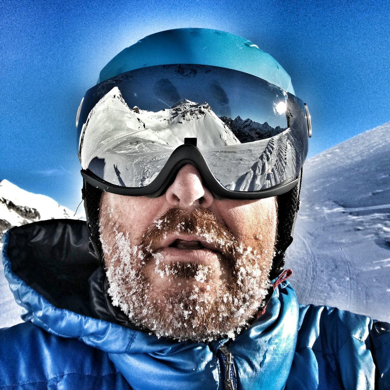 Outdoors Eye4photography  Sundayselfie Selfıe Beard Reflection Blue Sunglasses Headshot Sky Eyem Best Shots Bernese Oberland Switzerland Selfies Nature Mountain Reflection Cold Temperature Amazing Place Mornings Schilthorn Skiing