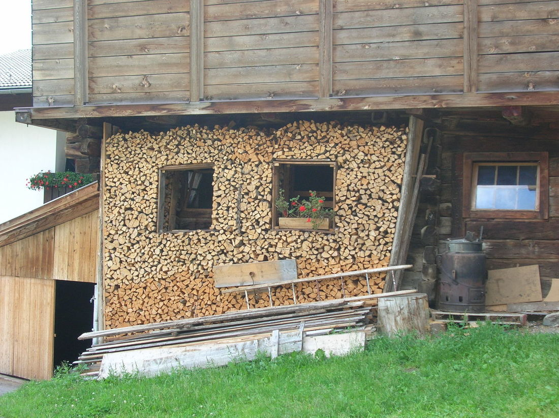 Obertillach, Austria, giugno 2007 Architecture Built Structure Day Mountain Nature No People Outdoors Wood