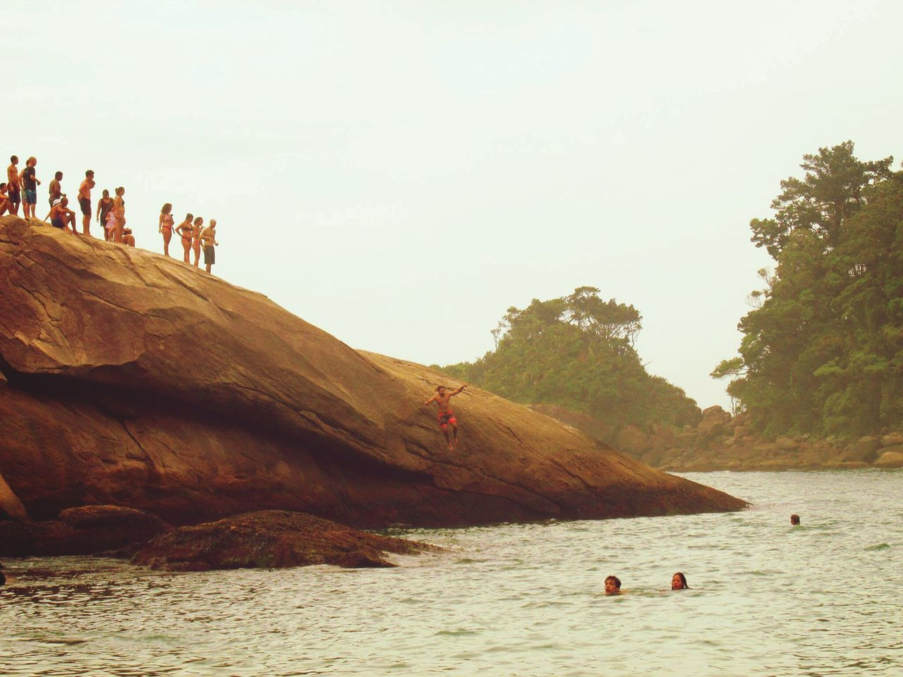 Day People Sand Beach Adult Togetherness Water Jumping Beachphotography Rock Formation Vacation Destination Ilha Grande Rio De Janeiro Eyeem Fotos Collection⛵ Funtimes Jumping Into Water EyeEmNewHere