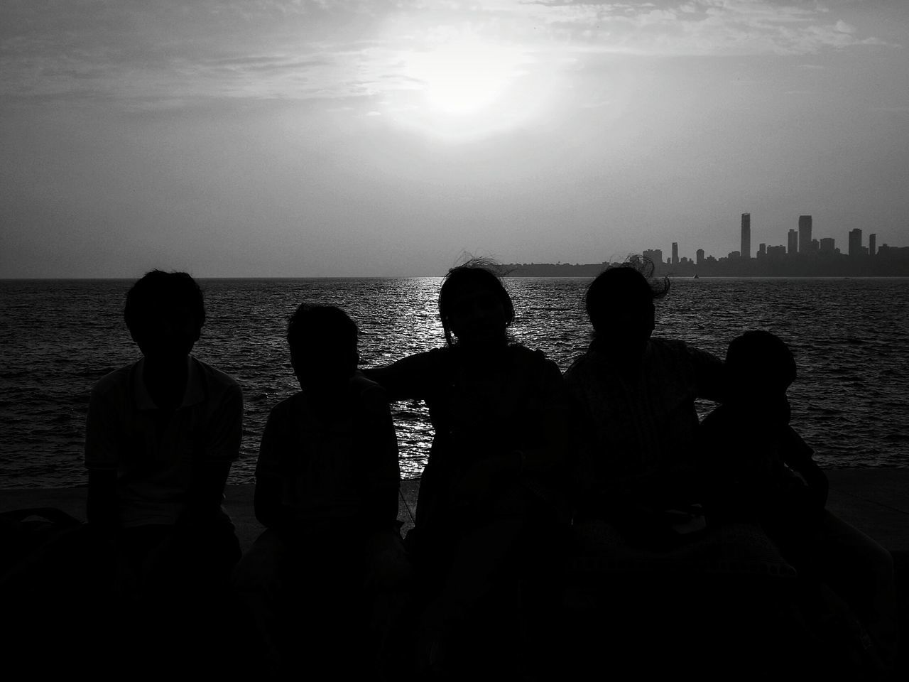 Silhouette Sea Sunlight Outdoors Horizon Over Water Togetherness Sky Sun Leisure Activity Real People Friendship Adult Adults Only People Water Nature Day Edited My Way Awesome Day Awesome_shots Scenics AWESOME!!