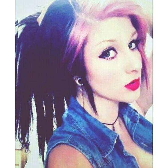 Pinkhair Manicpanic