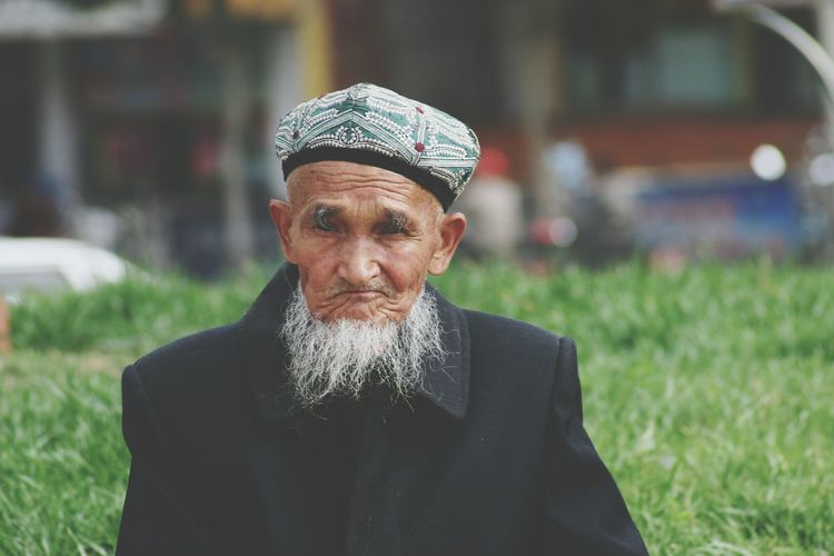 Xinjiang Of CHINA Faces Of EyeEm Man Face Lifestyles Front View Man Hat White Beard Bearded People And Places Old Man Portrait The Portraitist - 2017 EyeEm Awards