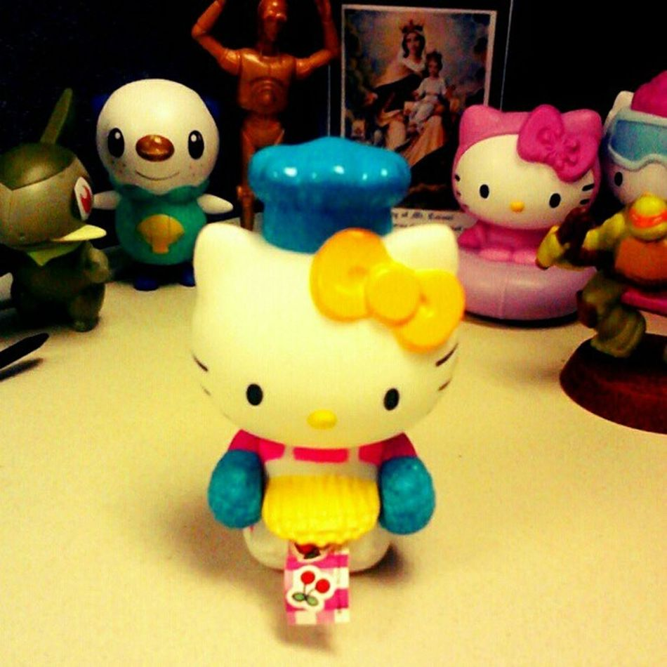 I have another new #desk #toy. It's a little chef #hellokitty given to me by my son. <3 Random Toy Gift Desk Otaku Hellokitty Sanrio Fangirl Ohgrowup Hellokittyjunkie Randimhashtags