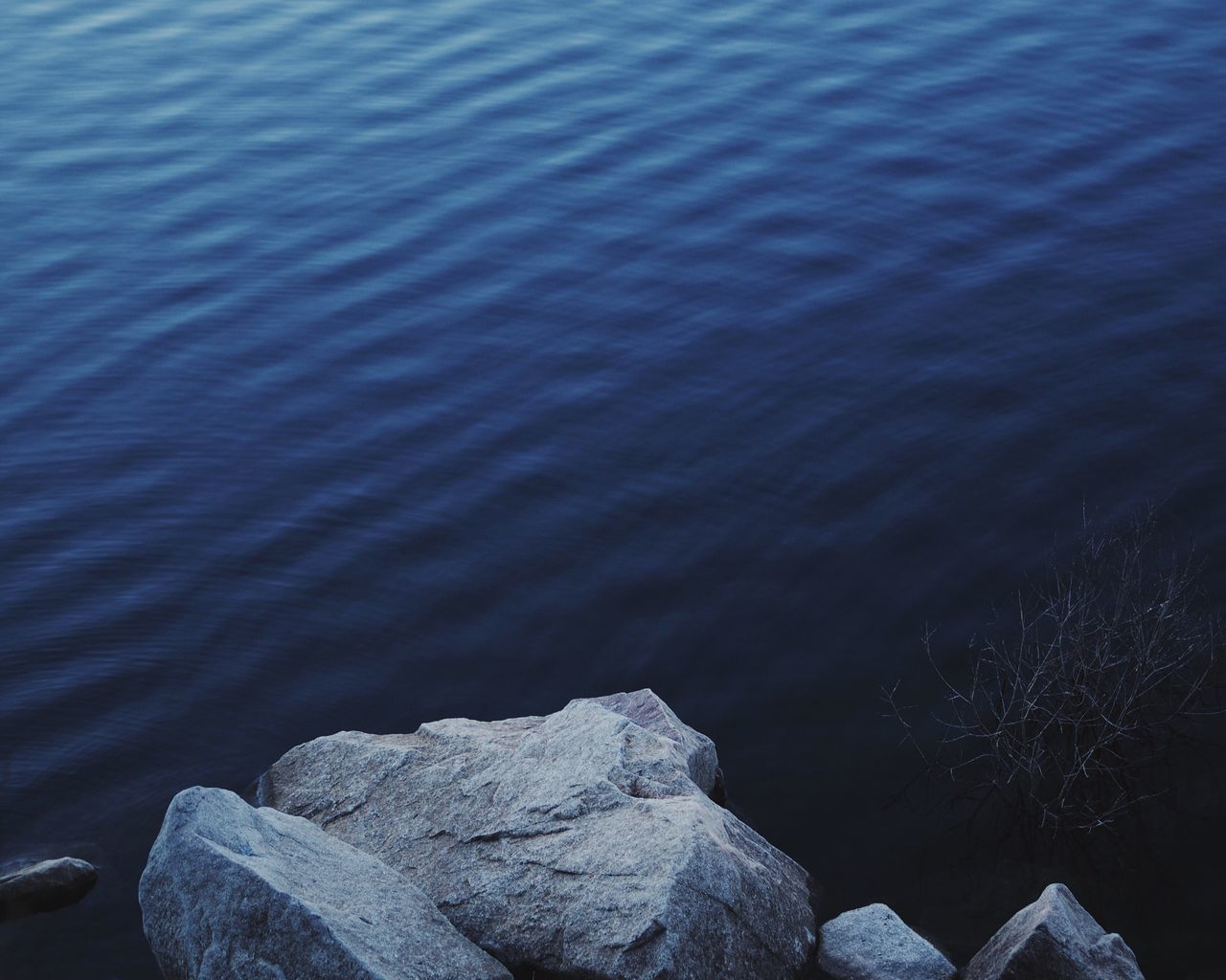 Nature No People Water Beauty In Nature Outdoors Lake Deep Blue Stone Close-up Blue Blue Wave Water_collection at Lac Blanc France Minimalism Minimalist