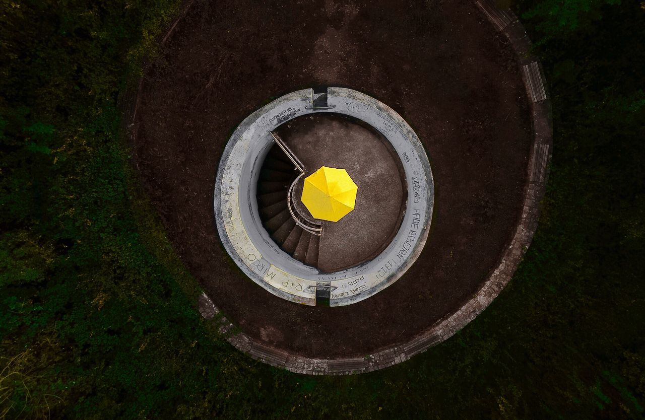 - NIKON, TODAY I CLIMBED THE HIGHEST POINT OF THAT VIRTUAL TOWN, THAT HUNDREDS OF PEOPLE PAINT YELLOW THE LAST COUPLE OF DAYS. HAPPY BIRTHDAY FROM TOP OF YOUR YELLOW TOWN - Paint the Town Yellow 100 Shades of Yellow The Week on EyeEm minimal On top tower Drone dronephotography droneshot dji DJI mavic pro yellow umbrella ThatsMe day From above Check this out Fresh on Market 2017