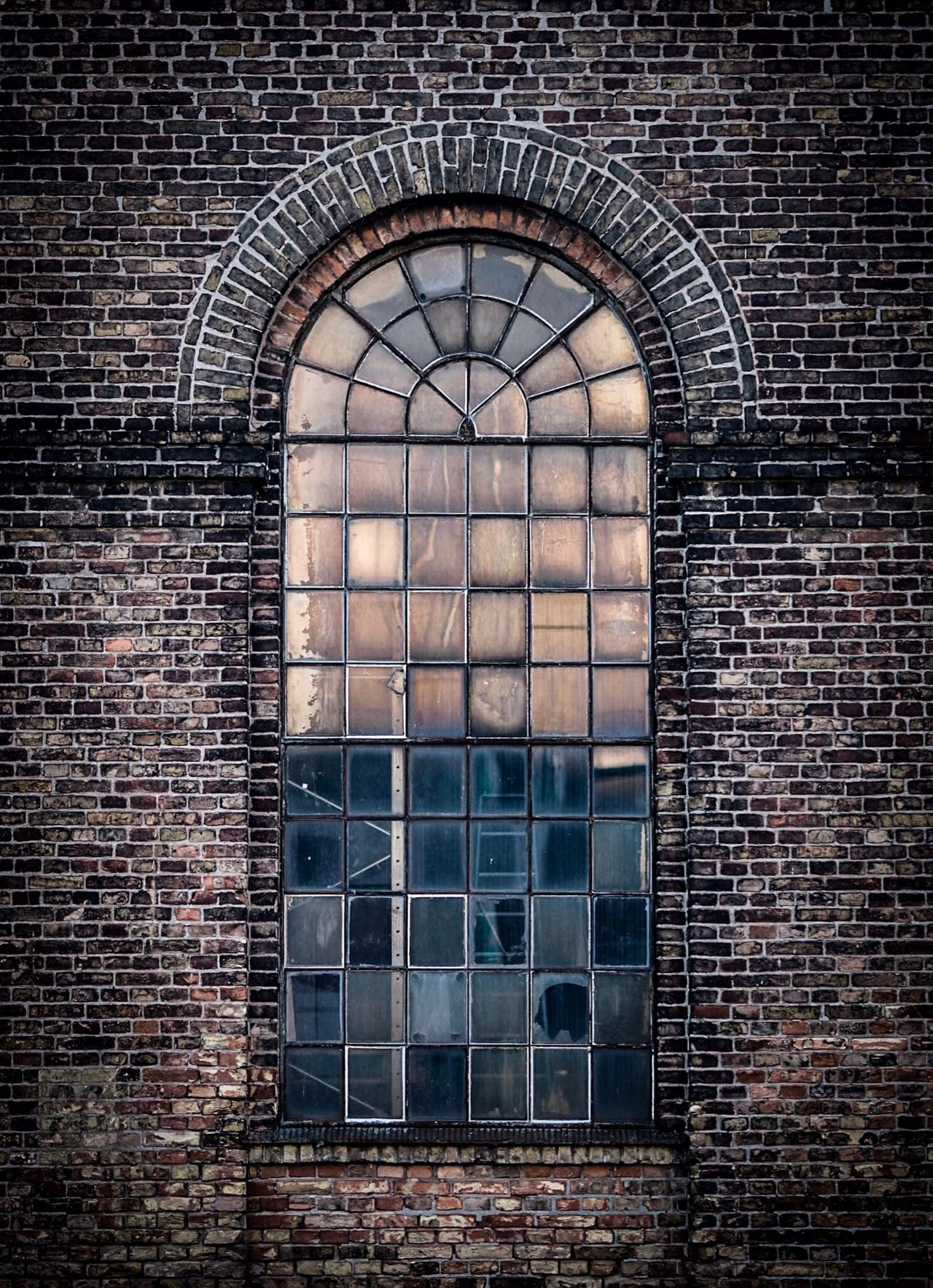 Brick Wall Architecture Window Built Structure History Day Building Exterior No People Outdoors Urban Geometry Copenhagen Olympus OM-D E-M5 Mk.II Olympus The Architect - 2017 EyeEm Awards City Façade Reflection Architecture Old Buildings Old Industrial Glass Old Town Old But Awesome Vintage