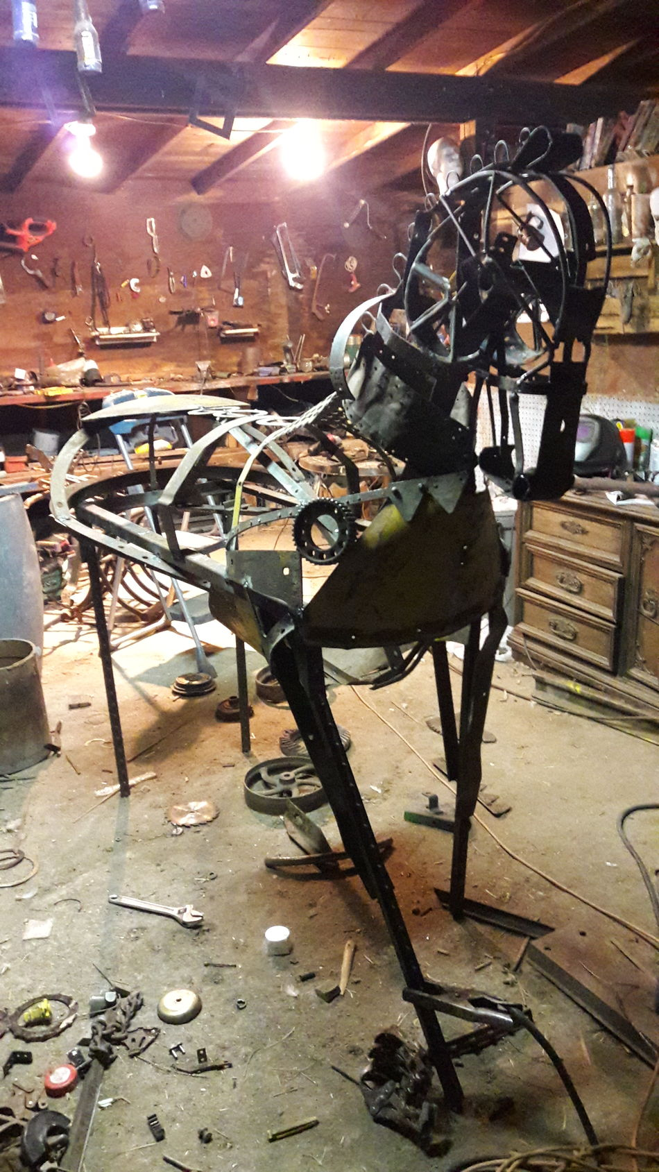 My new project afull sized Horse 6ft+ tall made from Scrap Metal ArtWork Transportation Mode Of Transport Working Animal Horse Horse Cart Livestock Domestic Animals Upcycling Recycle Vintage Artsy Artistic Expression Animal Themes No People Barnlife WOW Farm Life Equinelife Equine Horse <3 Horse