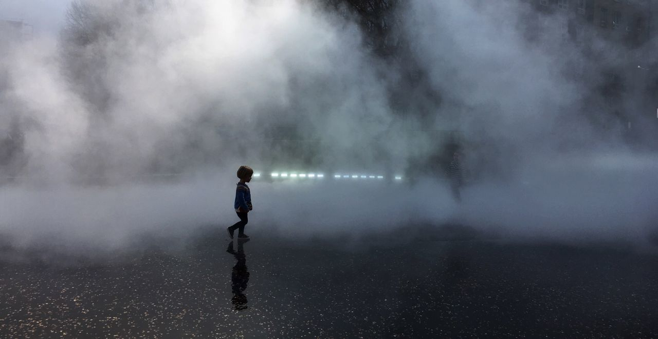 Street One Person Real People Day Fog Girl Young Child Walking Futurism Tate Modern London Bmwlive POTD Lights Startrek Mars The Photojournalist - 2017 EyeEm Awards