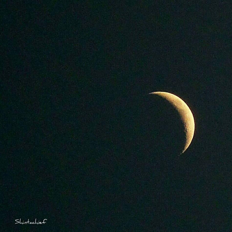 Somosfelices viendo la luna. Taking Photos Enjoying Life Streamzoofamily I♡december