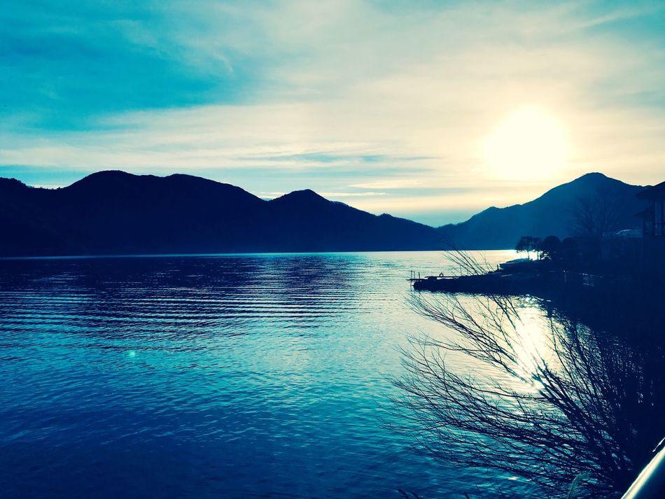 Atardecer 🌅 lake chuzenjiko ..💞 Mountain Water Reflection Beauty In Nature Tranquility