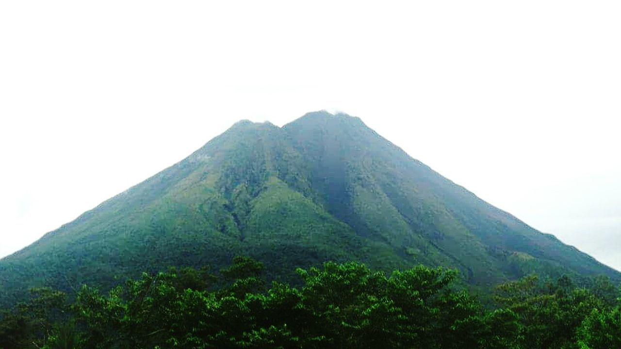 Arenal Volcano National Park Costa Rica Mountain Arenal  Volcanoes Volcanic Landscape Costa Rica Beauty In Nature Mountain Range Majestic Scenics Tranquil Scene Tourism Nature Mountain Peak