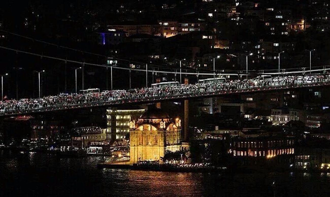 Turkey People Demokrasi Demokratie Walkingonthebridge