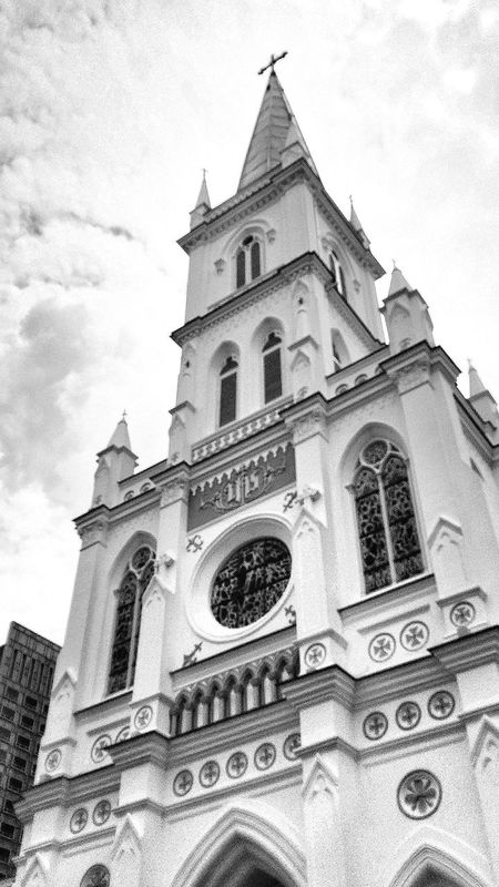 """CHIJMES (pronounced as """"Chimes"""") Historical Building started life as a Catholic Convent called Convent Of The Holy Infant Jesus and was a caholic convent for 132 Years. It is now a Multi-purpose Hall. The entire conplex has been restored for Commercial Use (shopping, dining, entertainment centre) and a function hall is used to stage musicals, recitals, theatrical performances and weddings. It has a Gothic style chapel. The last religious service was held in the chapel on 3 November 1983 after which the chapel deconsecrated and the town convent closed. Restoration work preserved much of the original structure of the convent and the chapel. The Sgd $100 Million project won a merit award in the UNESCO Asia Pacific Heritage Awards for Cultural Heritage Conservation in 2002. The convent of the holy infant jesus was gazetted as a National Monument on 26 october 1990. Building Architecture Religious  Commercial Conservation Work Construction Work CHIJ Singapore EyeEm Gallery Eyeem Architecture Eyeemcollection Eyeemphotography"""