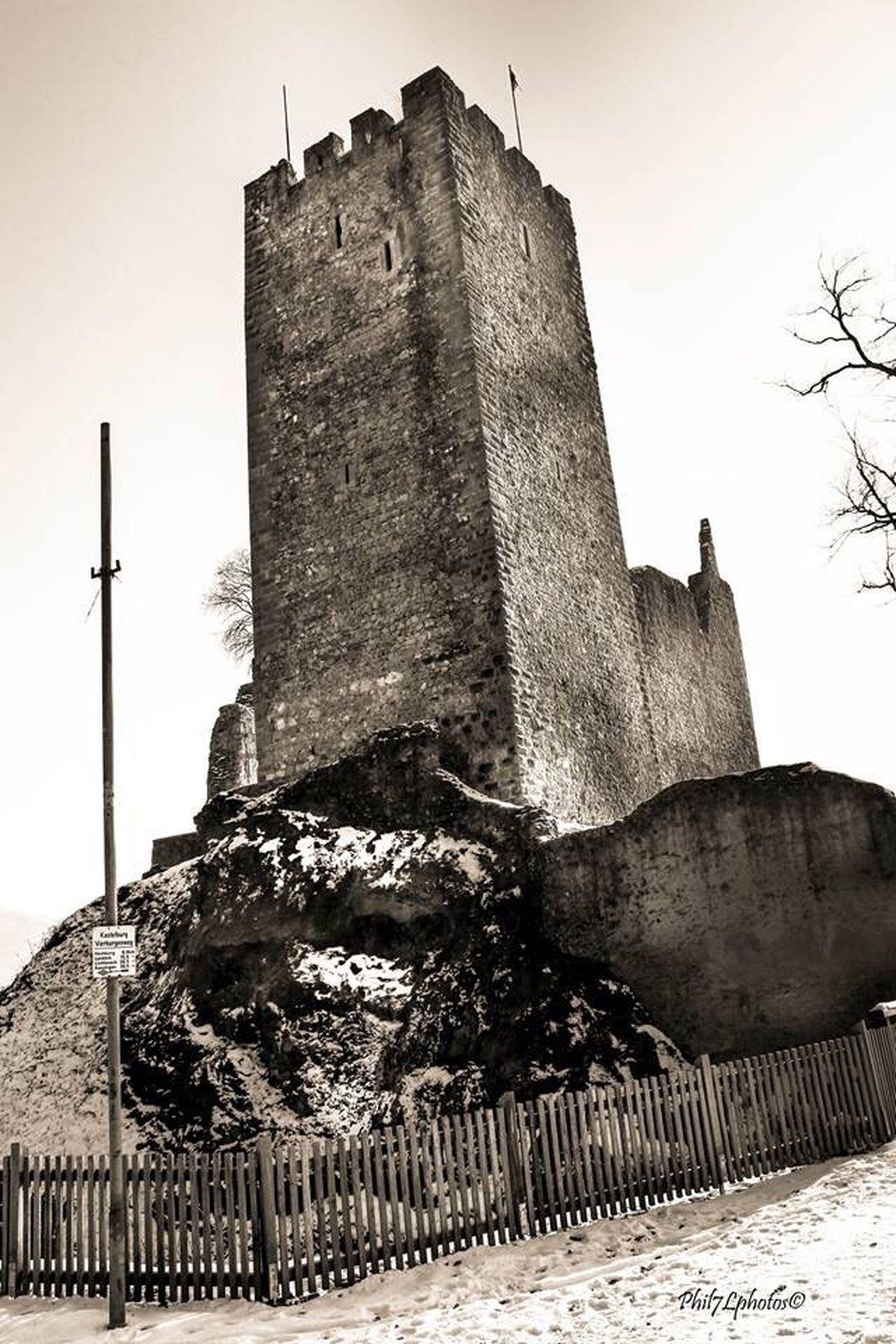 Waldkirch Kastelburg Monochrome Turm Burg Ruine Ruins Taking Photos