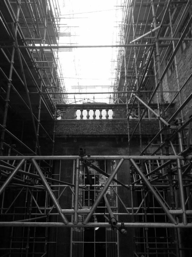 Black & White Staging  Blackandwhite Building Staging