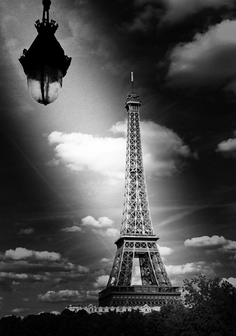 Eiffel Tower Shootermag AMPt_community NEM Black&white