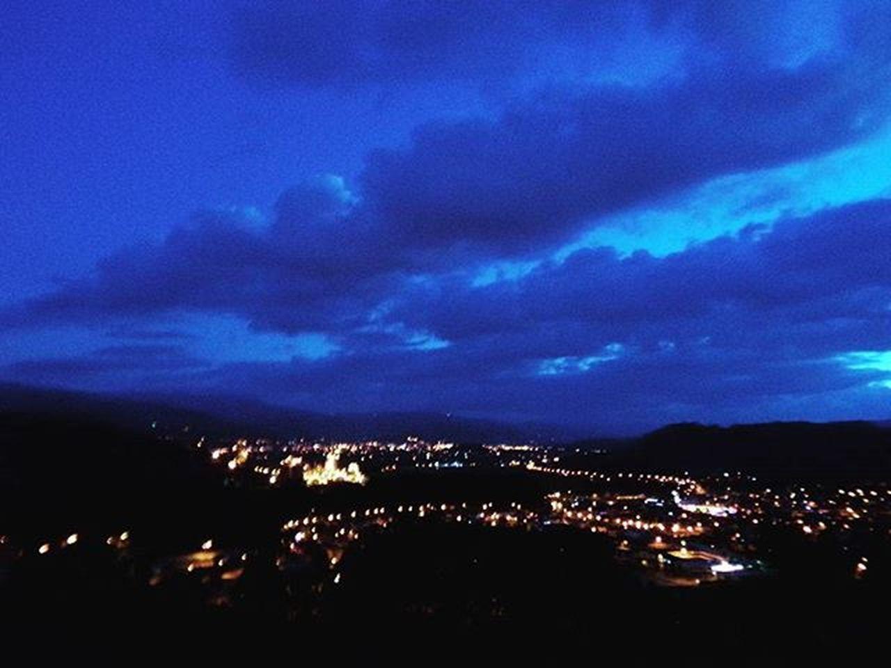 La hermosa noche Fotos nobsanas Nobsa