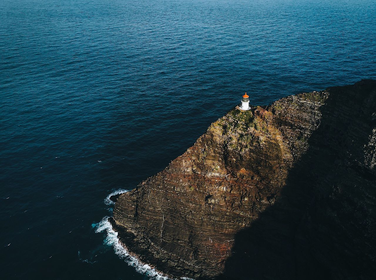 Flying High Rock - Object Mid Adult Sea Leisure Activity Standing One Person High Angle View Outdoors Water Full Length Adults Only Scenics People Adult Beauty In Nature One Man Only Day Only Men Nature