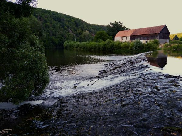 EyeEm Selects Water House Lake Outdoors Tree Built Structure Architecture Building Exterior Sky Nature No People Day Mountain Watermill Dyje River