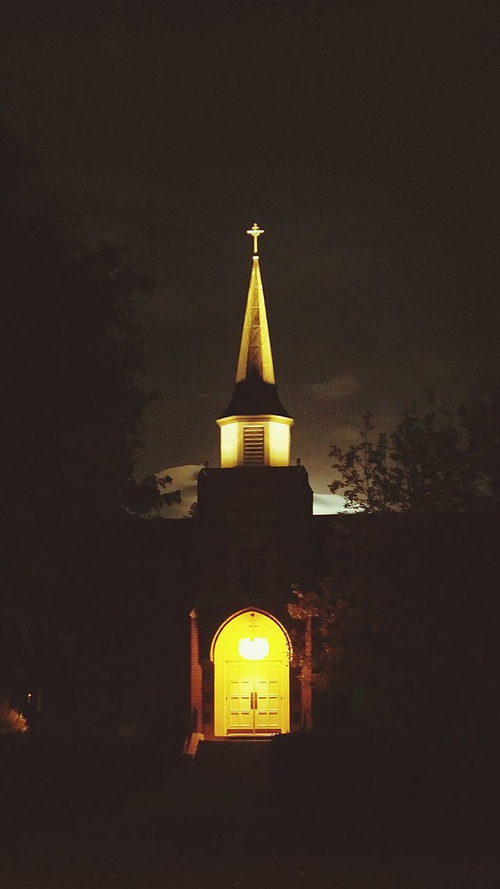 architecture, built structure, building exterior, religion, night, no people, spirituality, place of worship, sky, illuminated, outdoors, bell tower, clock tower, travel destinations, city, nature