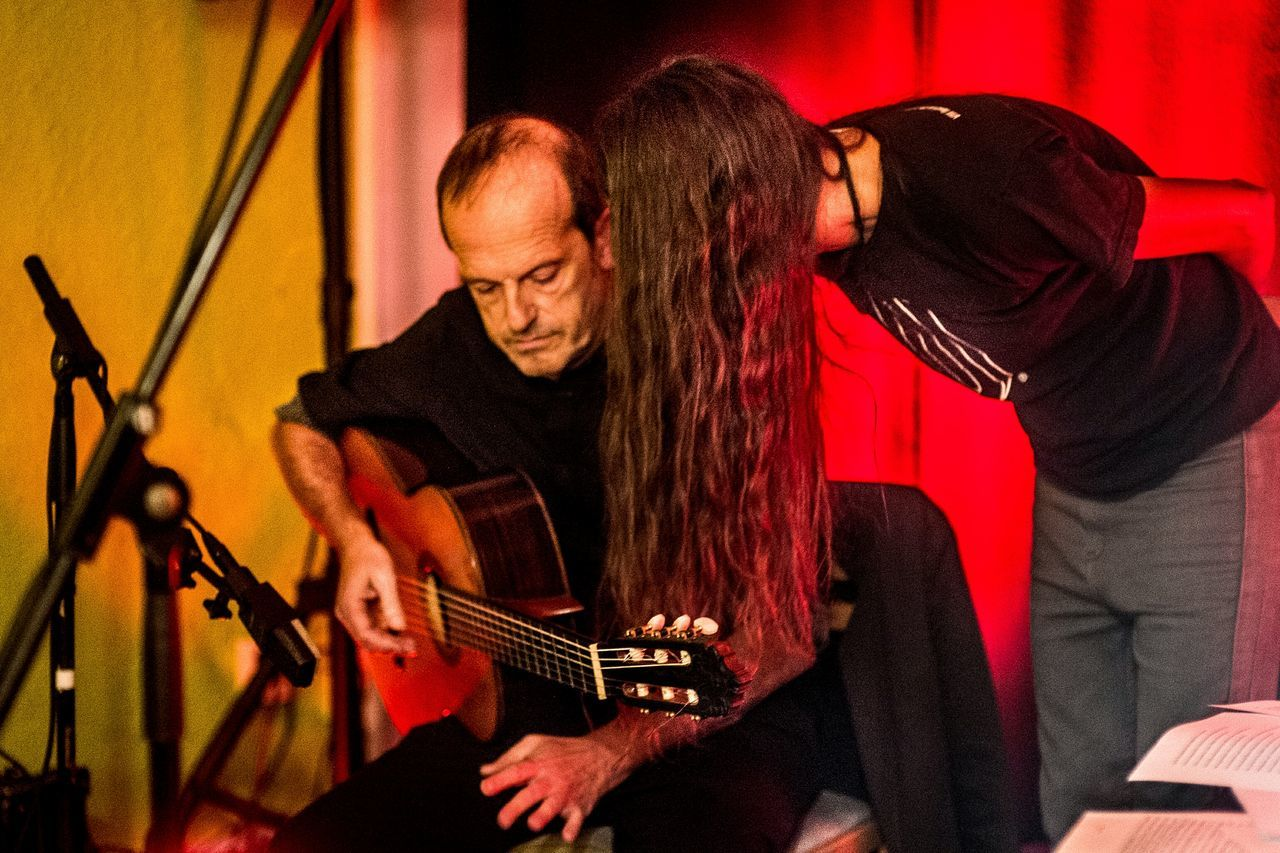 Núria Martínez-Vernís & Ramon Solé @ Gràcia Territori Sonor Two People Concentration Indoors  Microphone People Performance Color BCN Experimental Poetry Spotlight Light And Shadow Open Edit Guitar Music Indoors
