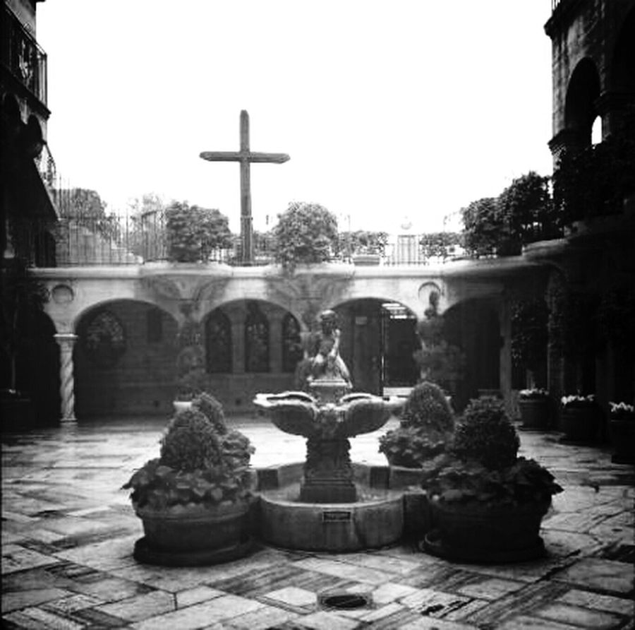 Water Fountain Cross Blackandwhite Historical Building