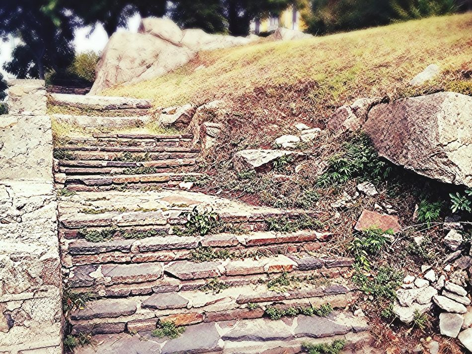 Rocks Stairs Stairsporn Old Stairs Day Betterday Old Buildings Oldrock Coldrock🍦 Cold Day