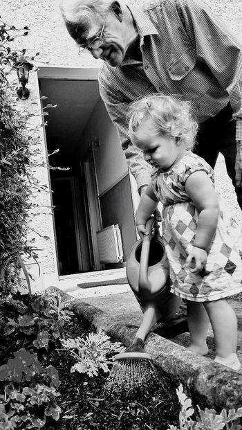 Family Grandpa Pappa Garden Girl Toddler  Blackandwhite Photography Doorway Bliss