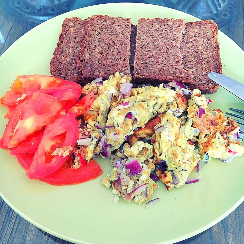 Homemade breakfast - Sometimes this is all you need! Homemade Breakfast Nutritional Saturday Morning Scrambledeggs Onion Chillis Chillipepper Tomato Vollkornbrot Freshness Indoors  Close-up High Angle View Plate Temptation Ready-to-eat Overhead View Join Me Beijing China EyeEm EyeEm Gallery Taking Photos Capture The Moment.