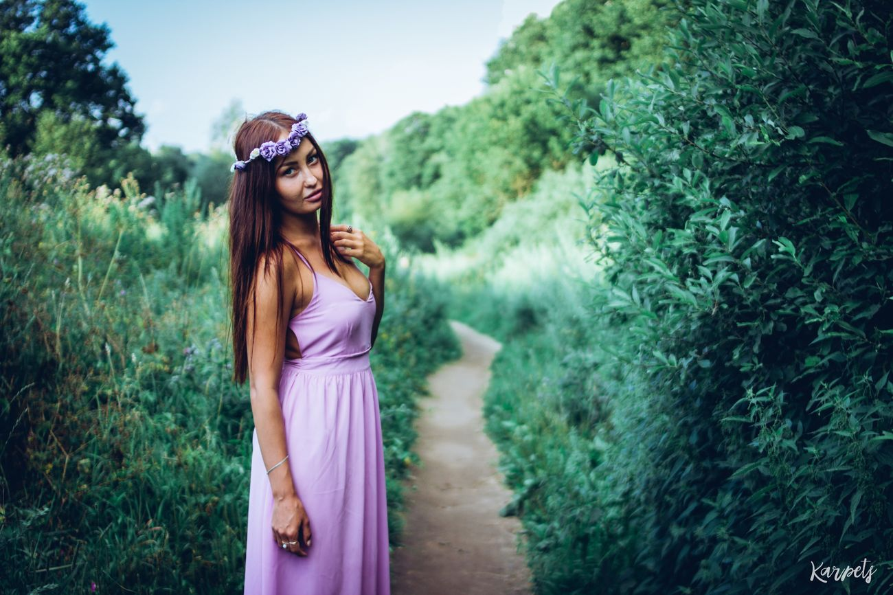 Beautiful Bestoftheday Redhead Photography EyeEm Best Shots EyeEmBestEdits Moscow Karpetsphoto Enjoying Life Girl Photo Nature Russian Girl Color Portrait EyeEm Colours Flowers