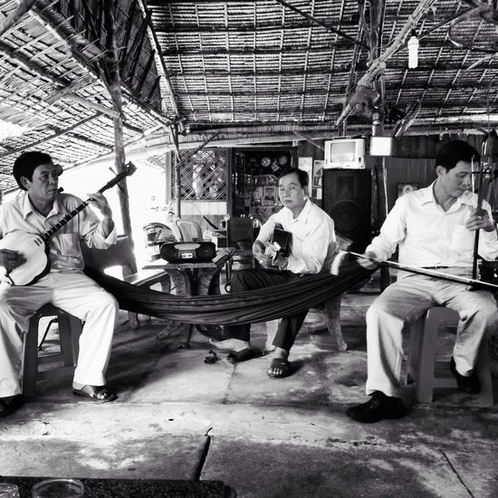 Southern folk music from Vietnam , Don Ca Tai Tu. Taking Photos Finding The Next Vivian Maier Near And Far