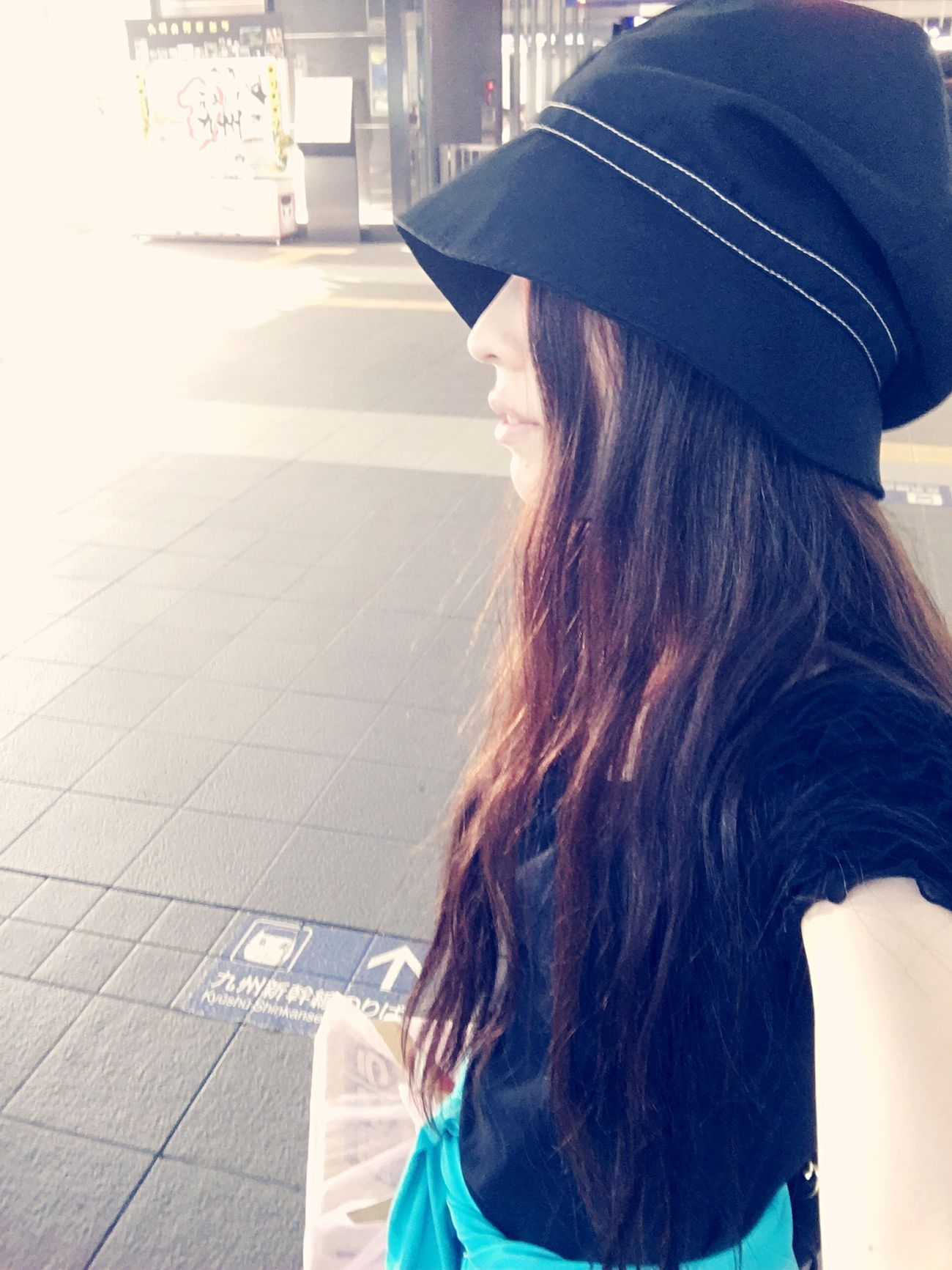ブドウを持つ人。 JustMe Selfie ✌ Going Home Train Station Myface