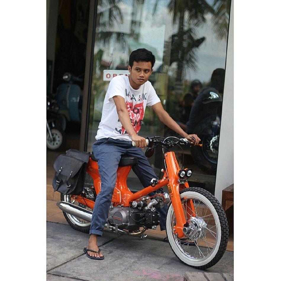 Classic can be funHonda c-70Smoked Instaclassic InstaMotorcycle ride itinstanusantarainstadailywalkaroundbalinesiaindonesiaasia