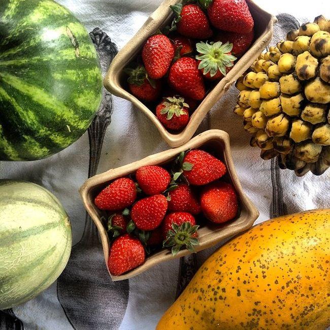 breakfast fruits Biriba Melon Cantaloup Strawberries papaya