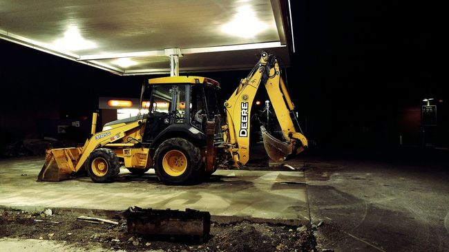 Rest Stop Gas Is Expensive South Philadelphia Light And Shadow Philadelphia Street Photography From My Point Of View Street Night View In South walking ..Lukoil.. Building up improvement in South Phila.🚜🚧