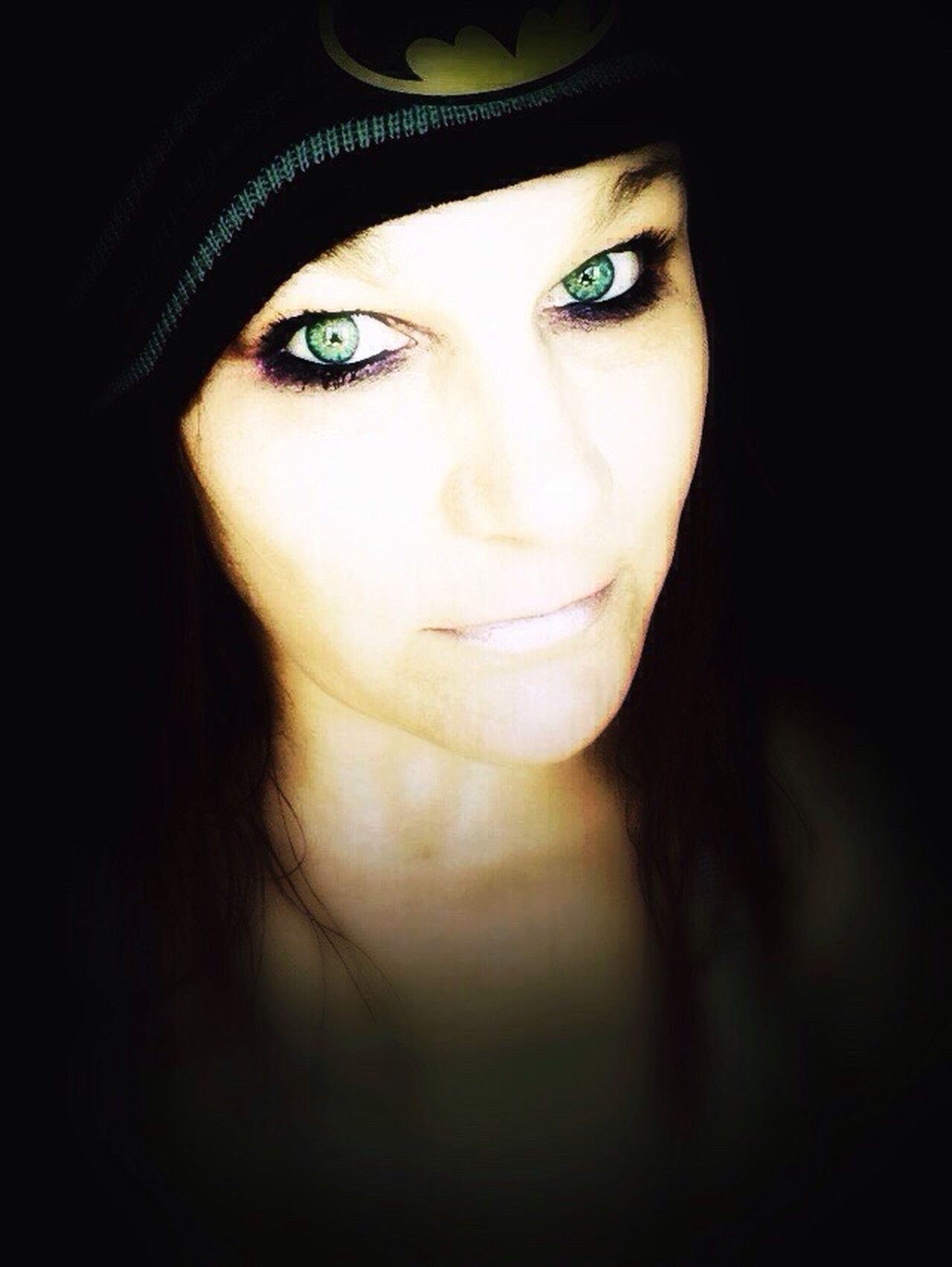 Taking Photos Photography Batman People Greeneyes :) Checking In Taking Pictures That's Me Me :)  Green Eyes