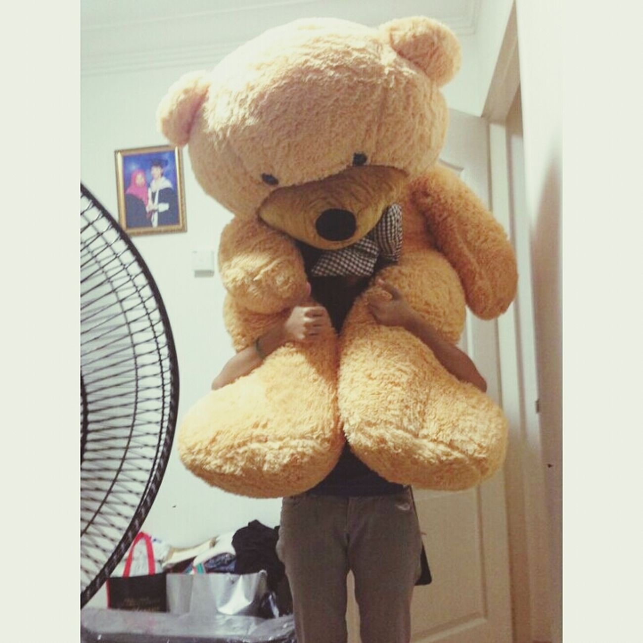 My boyfriend is the best . The one and only who is willing to sacrifes anything just to make me smile . Hugebear 160cm Iloveyousomuch Jaden