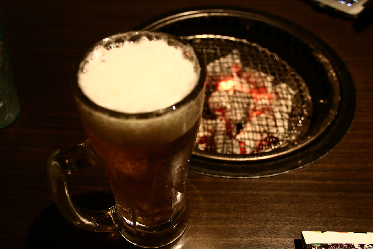 Alcohol Beer Beer Mug Charcoal Fire Close-up Composition Dinner Drink Drinking Drinking Beer Drinking Glass Food And Drink Glass Glass - Material Indoors  Lunch Overhead View Refreshment Relaxing Shichirin Still Life Table Yakiniku Yakiniku And Drinking Yakiniku Restaurant