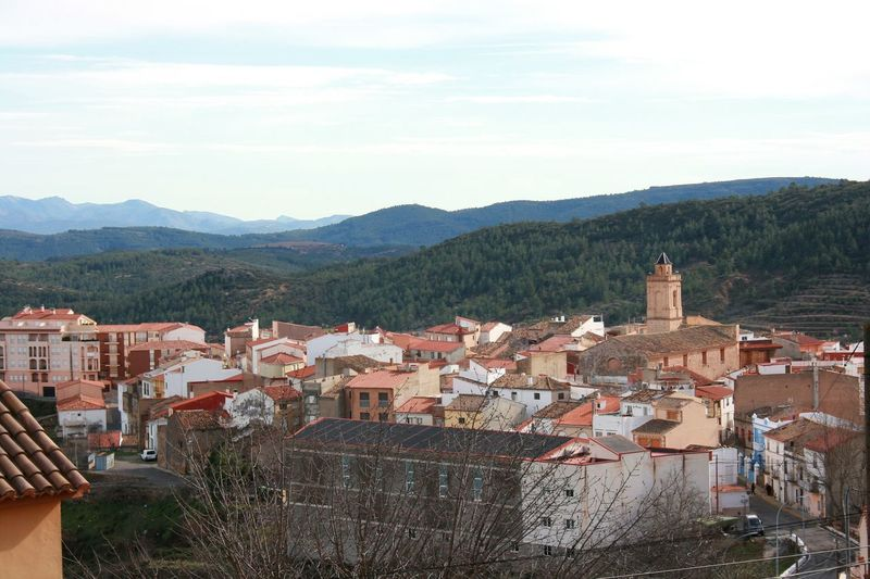 Really rear photos; snow in Spain. Architecture Building Exterior Community House Mountain Range Mountain View Mountain Village Mountains Roof Sky Small Town