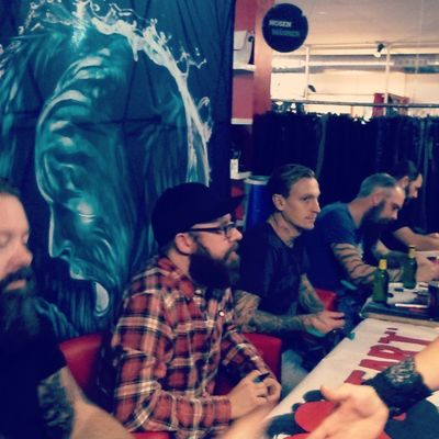 Nice Evening with top Guys from Inflames signour before concert thanks for being with the guys funny greatevening work loveit musicans metalwillneverdie lovemywork awesome absolutly fineguys mensatwork