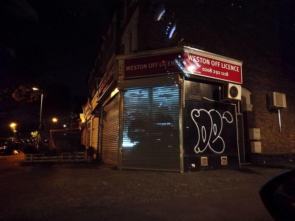 Night Illuminated No People Outdoors Winston Off Licence Miles Away