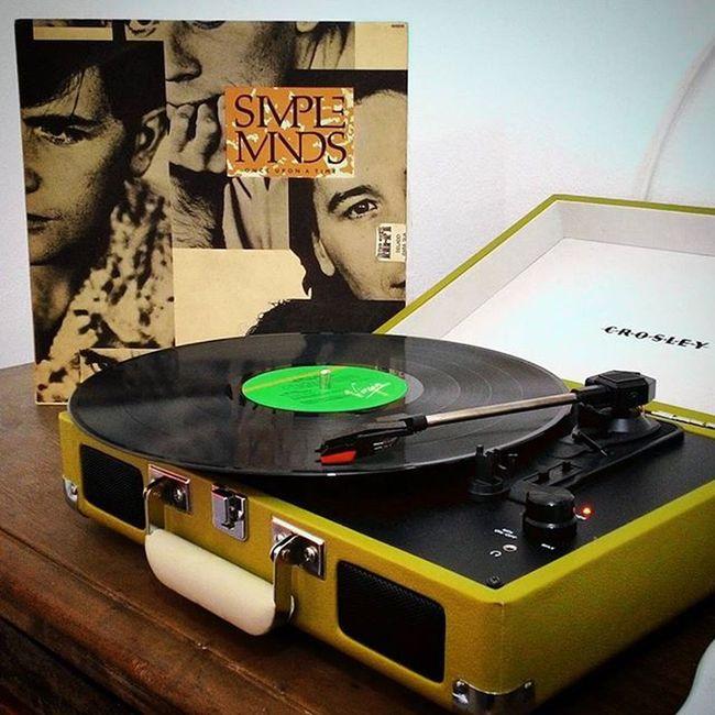 "O clássico ""Once Upon a Time"" da - ainda ativa - SimpleMinds ... Show! Music Vinyl Vinil LP Retro Eighties Record Album Vinylcollector Vinylcollection Rock Vinylplayer Vinyladdict Vinilforever"