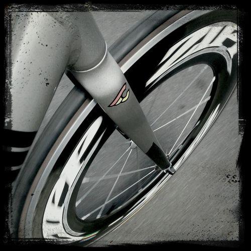 in motion.. Hawaii Fixie Cinelli Fixedgear Trackbike Zipp Track Frame