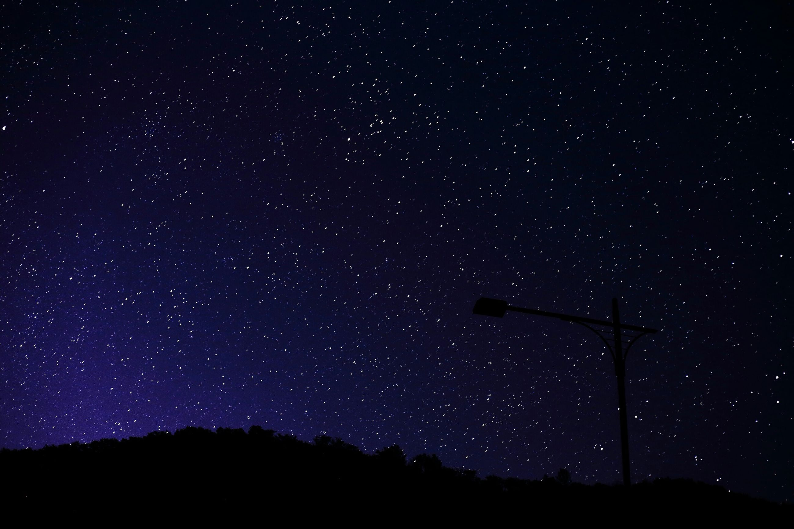 night, star - space, star field, astronomy, scenics, low angle view, tranquil scene, beauty in nature, galaxy, tranquility, silhouette, sky, space, dark, star, nature, tree, idyllic, infinity, majestic