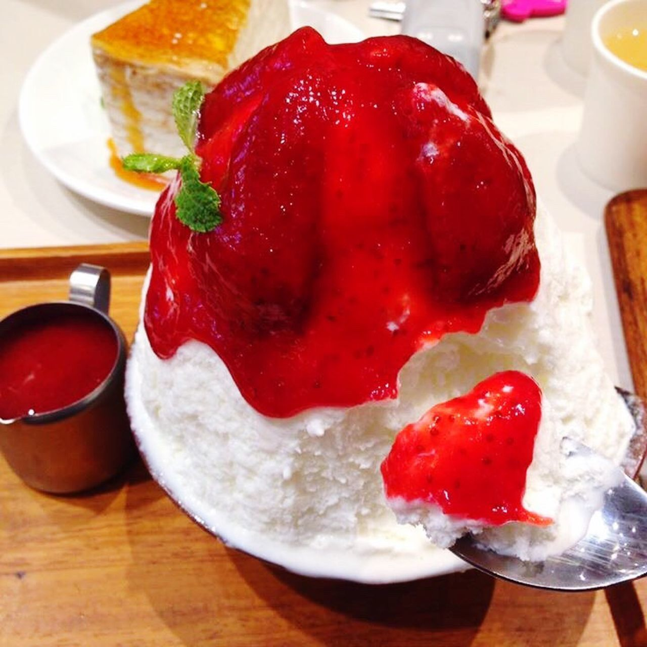 Bingsu Kakigori Ice Cream Ice Sweet Sweet Food Food And Drink Food Freshness Still Life Indoors  Ready-to-eat Table Indulgence Plate Red Unhealthy Eating Close-up Dessert Temptation No People Serving Size Fried Egg Poached Day