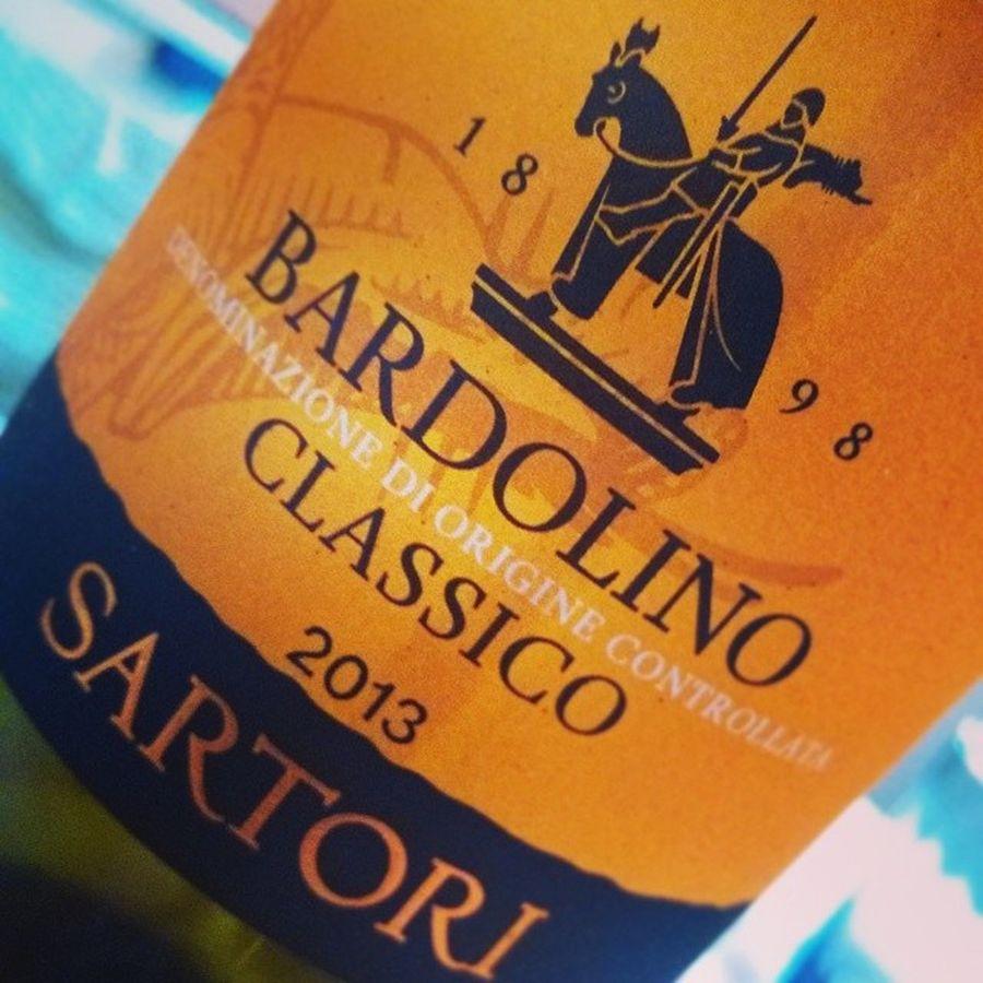 Bardolino classico Dop Sartori col Cavallo sull'Etichetta