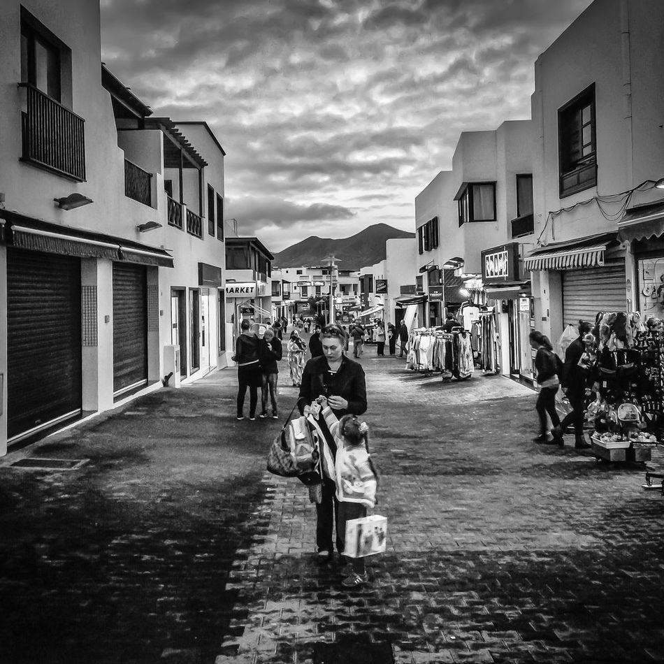 Playa Blanca Streetphoto_bw IPSPeople Monochrome WeAreJuxt.com