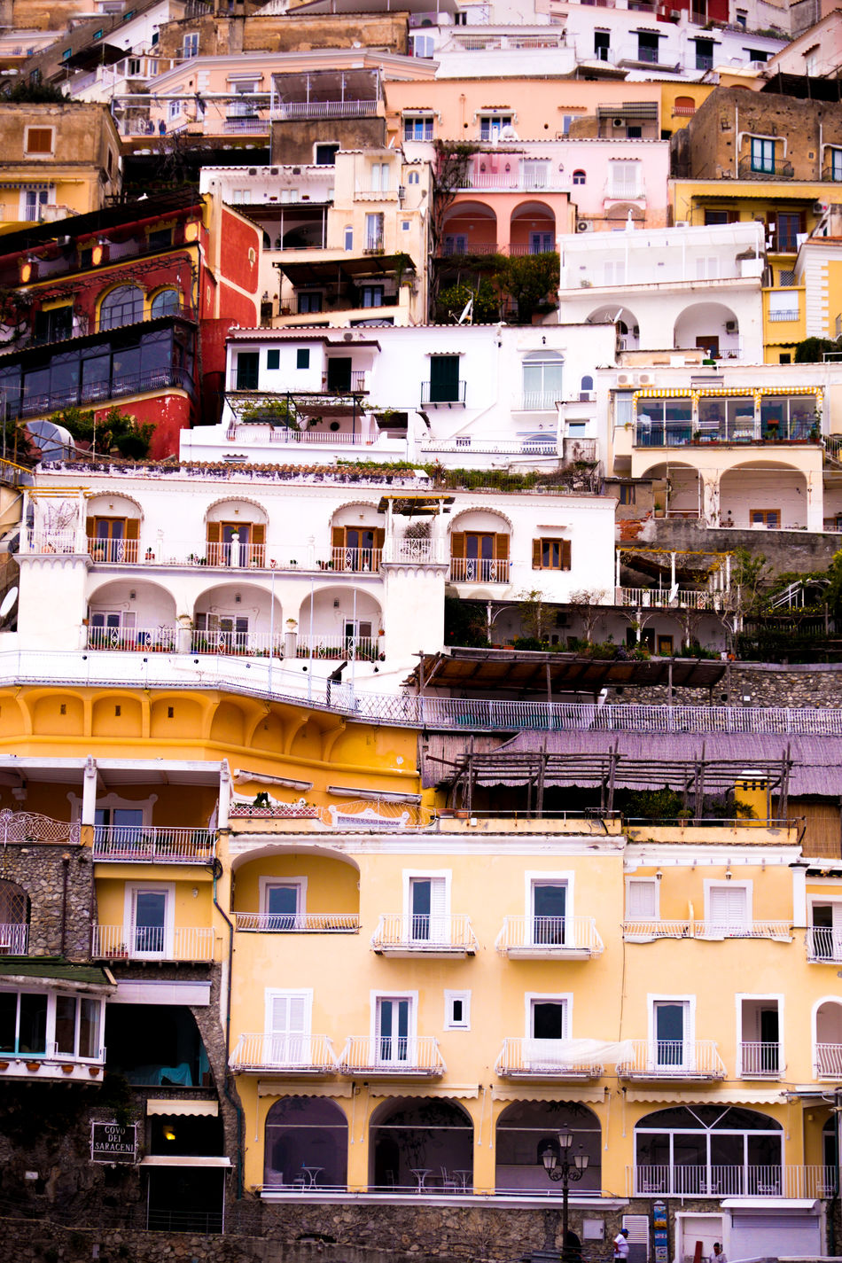 Amalfi Coast Architecture Balcony Building Exterior Built Structure City Cityscape Crowded Crowded Place Crowdedplace Day EyeEm New Here Full Frame Italian Architecture Italian Town Italy Outdoors Positano Positano, Italy Positanocoast Residential Building Sky Steep Hill