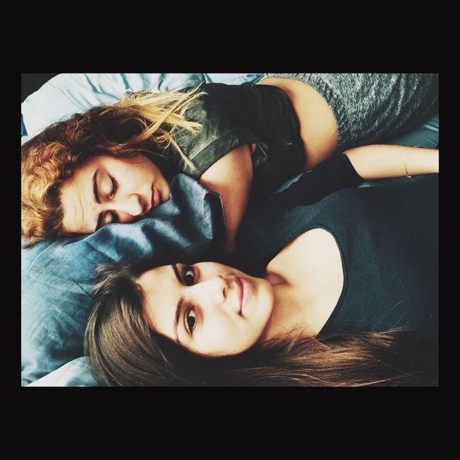 Uyurken bile rahat durmayan kardeş yapmışlar✋?